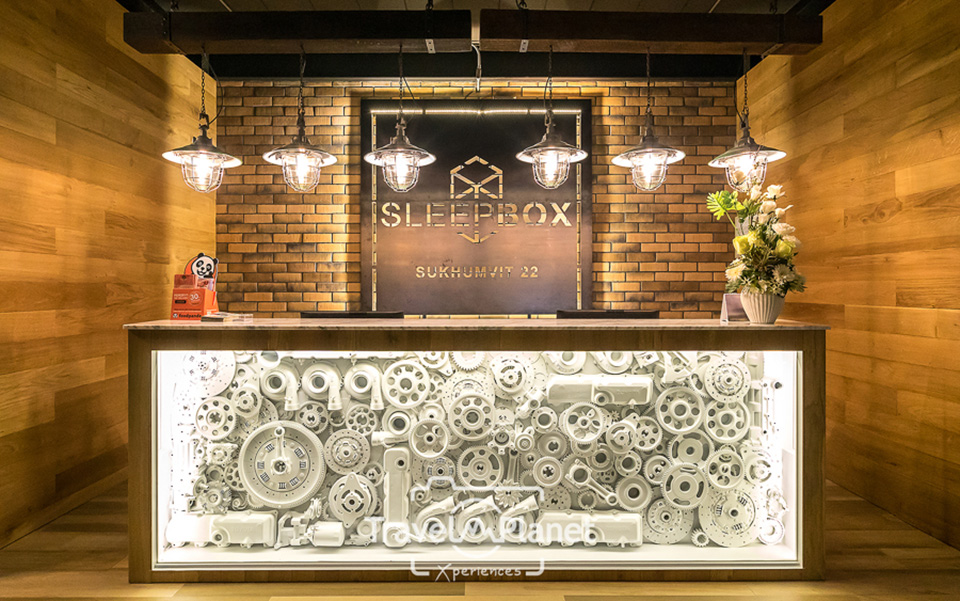 SLEEPBOX-SUKHUMVIT-22 -best-design-hostel -downtown -Bangkok (7)