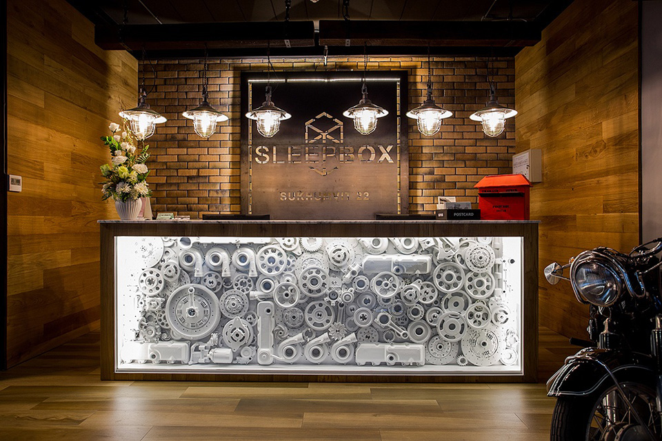 SleepBox-Sukhumvit-22- containers-chic- hostel-in-a-central-location (19)